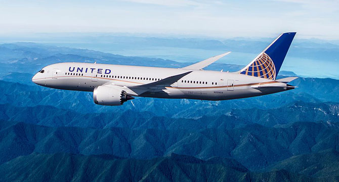 United Airlines Loses Challenge to Union Drive (Bloomberg)