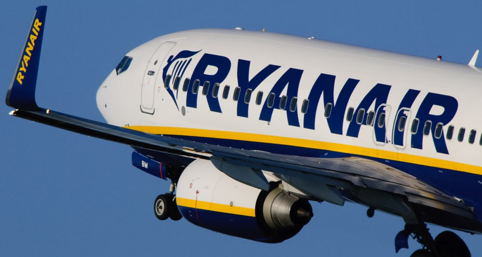 Unite safeguards cabin crew jobs at Ryanair