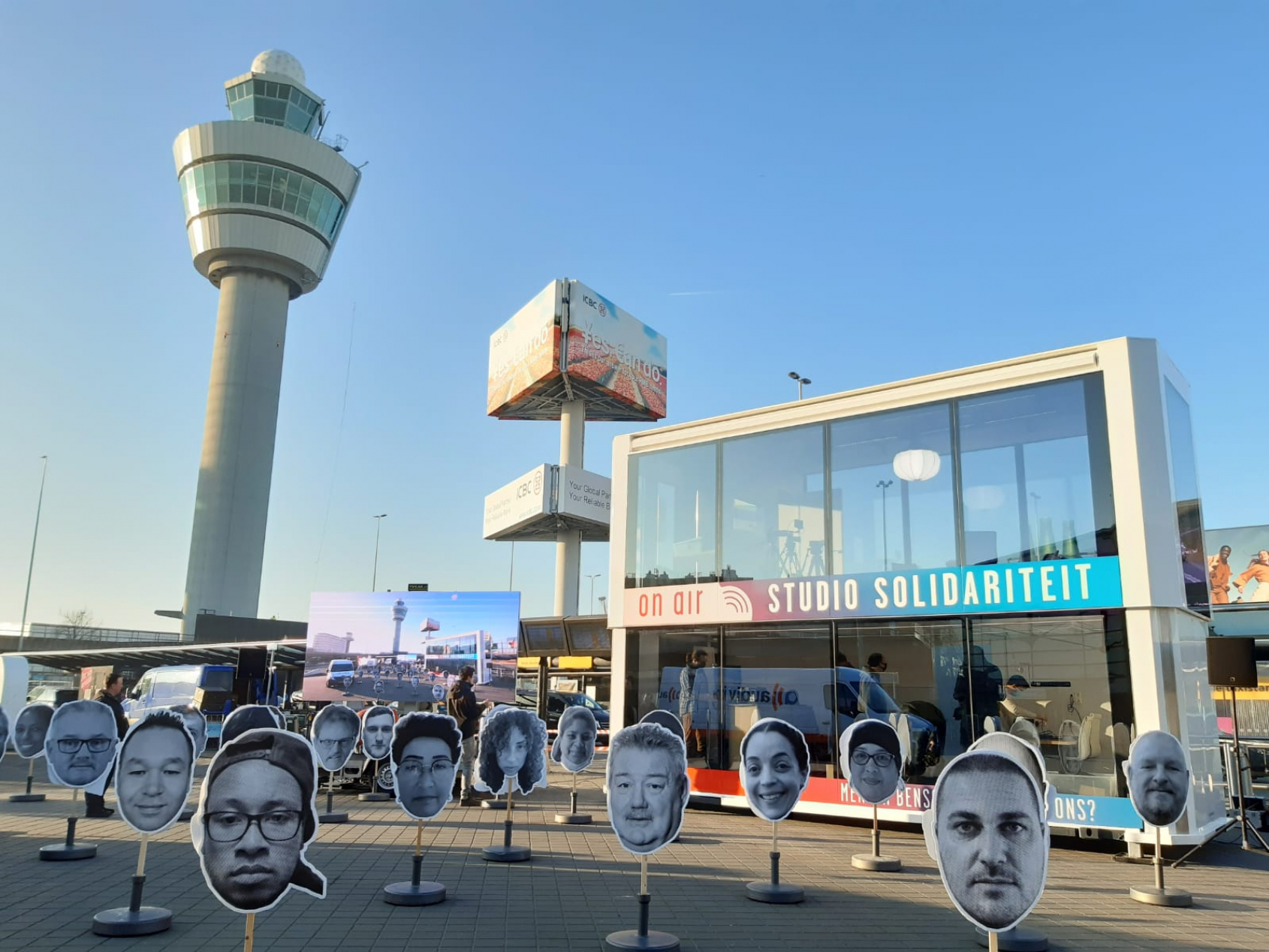 """Can you hear us? This is our final warning!"" – Schiphol Airport workers strike for quality jobs"